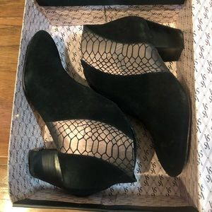 Victoria Secret Angel boots size 7 with box
